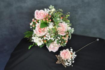 19 Bride & Flowergirl