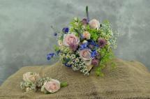 34 Bride, Buttonhole & Corsage