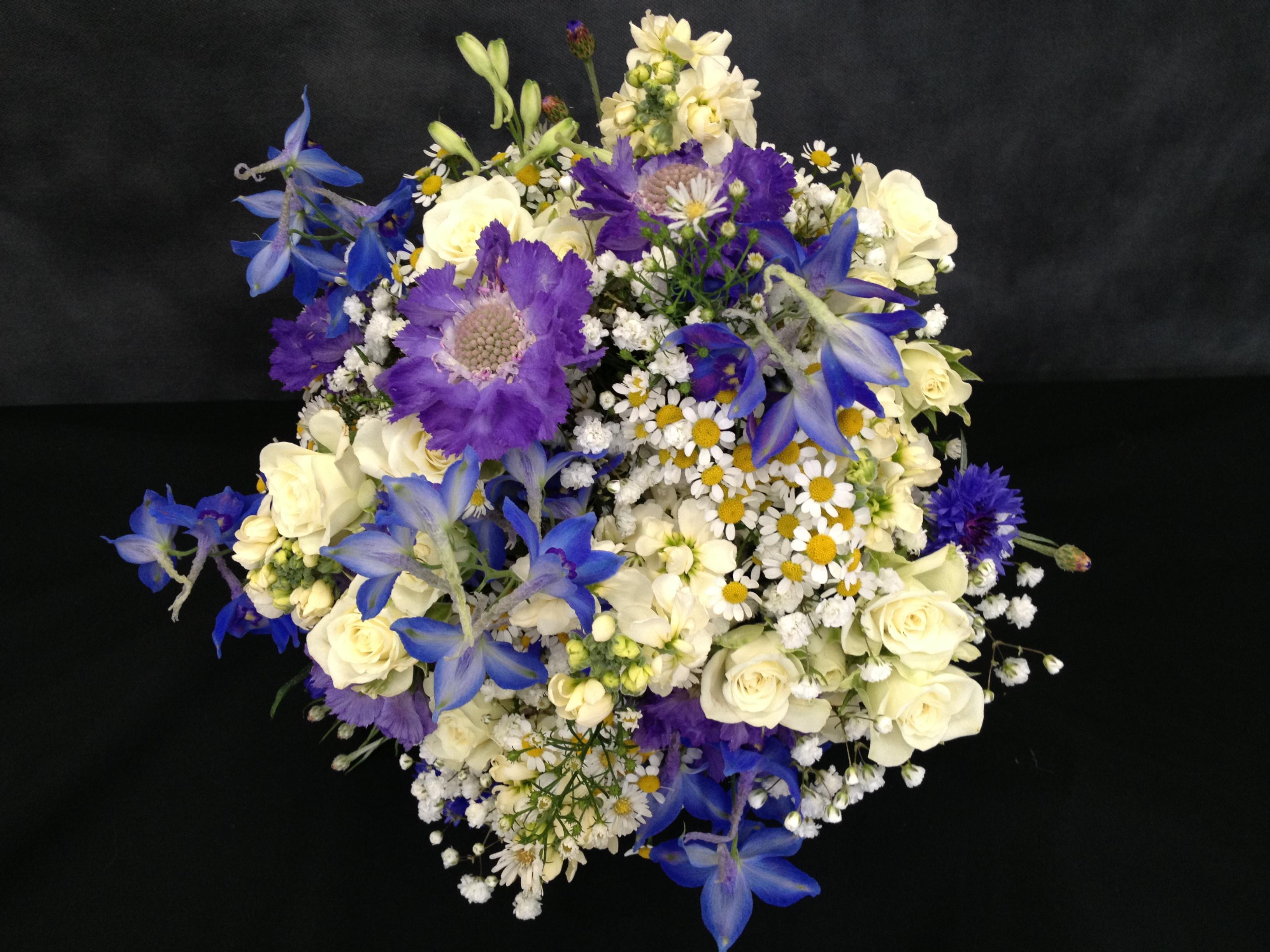 One Weekend – Ten Weddings! – Bridal Flowers Direct