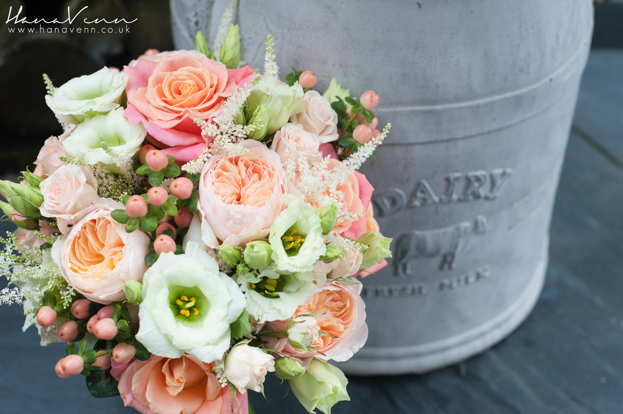 Collaborative shoot – Southend Barns – Bridal Flowers Direct