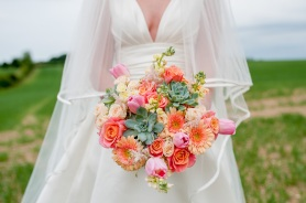 I love working with friends and suppliers I trust at weddings! Bridal Flowers Direct did my own flowers and every time I see their work at one of the weddings I photograph I'm surprised by how unique every one of their arrangements are! Suzys bouquet (the one pictured!) had succulents in it as well that the most fabulous array of spring flowers #weddingflowers #bouquet #bridalbouquet #florist #weddingflorist